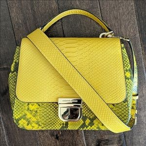 Not selling looking for this bag